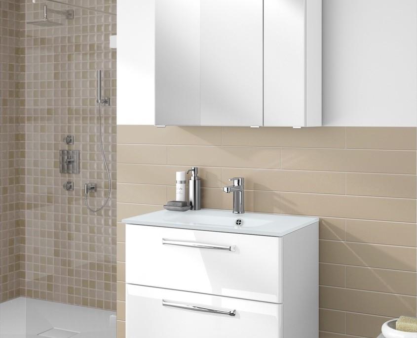 bad-waschbecken-spiegelschrank-boer-coesfeld