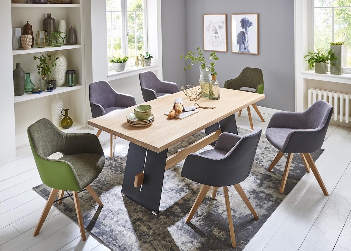 esszimmer-moebel-esstisch-stuehle-armlehne-modern-design