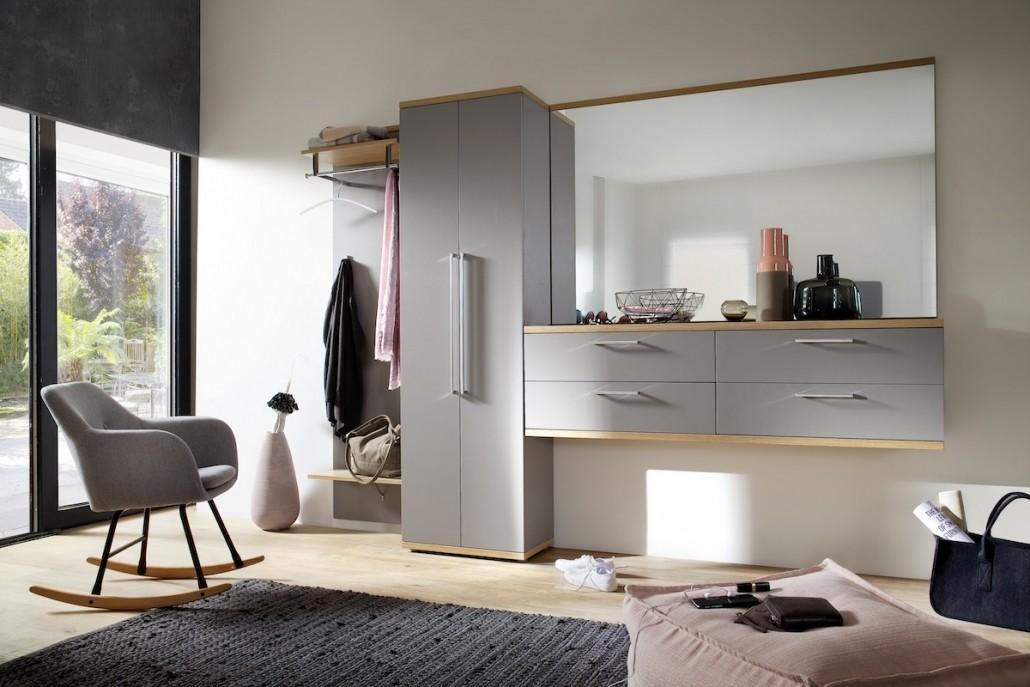 flur-diele-moebel-garderobe-schrank-spiegel-highboard