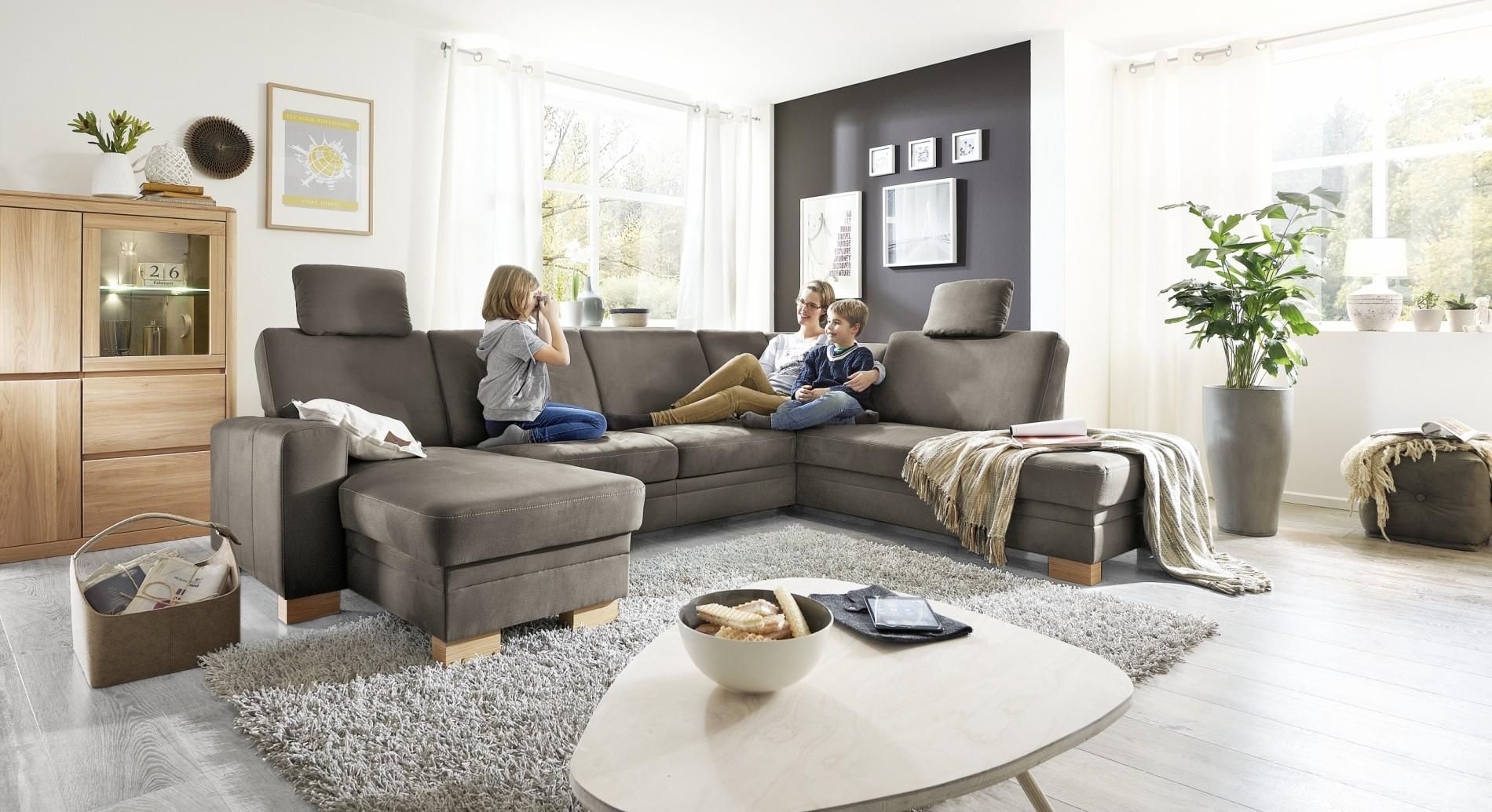 hochwertige-stoffgarnituren-polstermoebel-sofas